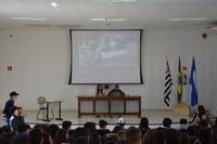 Escola municipal promove simulação de júri com os alunos